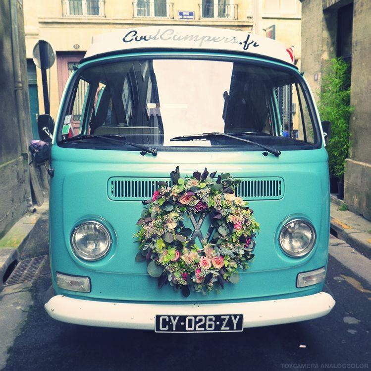 Herbes Fauves - Couronne fleurie pour Van Volswagen