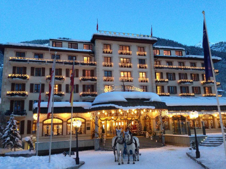 Beispiel: Hotel im Winter, Foto: Grand Hotel Zermatterhof.