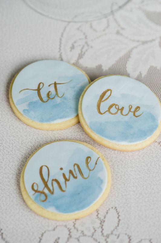Wir zaubern feine Cookies als Tischkarten oder Giveaways