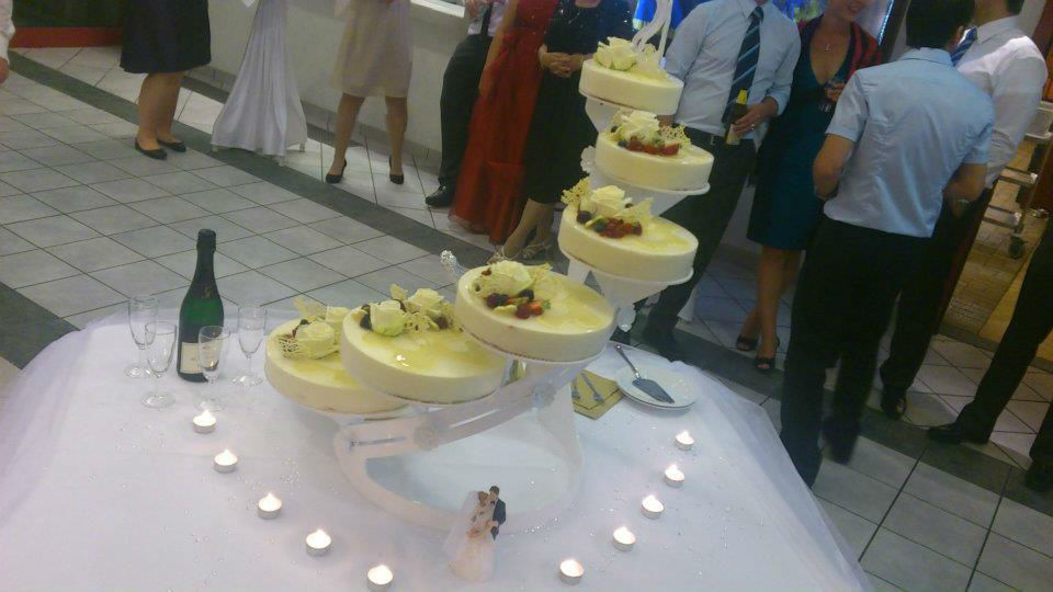Beispiel: Hochzeitstorte, Foto: Sängerhalle Untertürkheim.