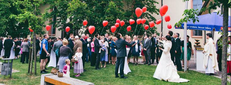 Beispiel: Fotos von der Hochzeitsgesellschaft, Foto: WW Fotodesign.