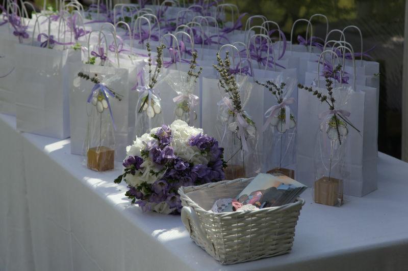L'angolo fiorito - Bomboniere floreali #Fiorista #matrimonio #Bergamo