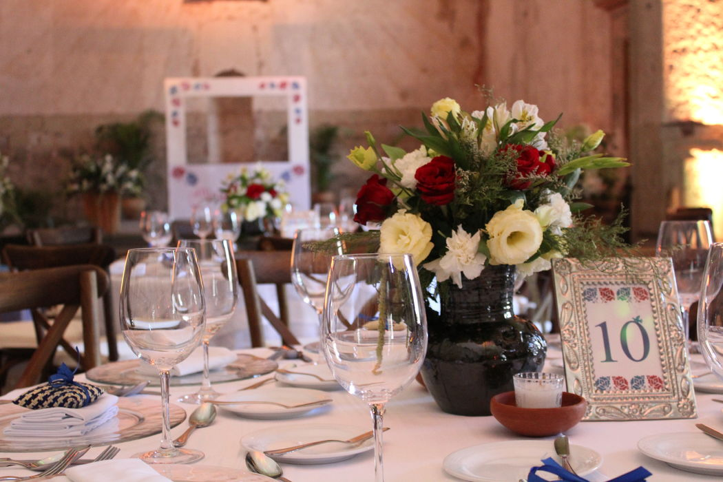 Evento::Boda Alma & Antolin:: Lugar: Hotel Quinta Real Coordinación integral del evento. Marco de fotos.