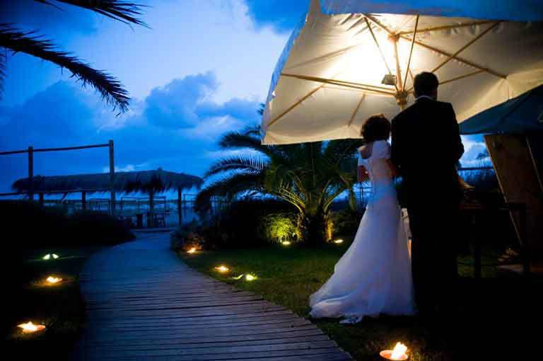 B. & G. Catering Banqueting, sposi spiaggia Versilia