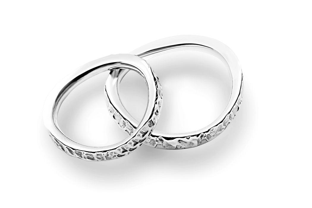 Fedi Matrimoniali Efrem Guidi Oro bianco al Palladio LGBT community gay Wedding ring Italy Milano Brera Modello Ionio
