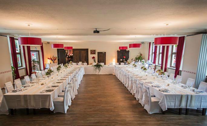 Beispiel: Hochzeitstafeln, Foto: Weyprechthof.