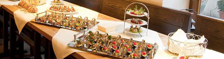 Beispiel: Leckeres Fingerfood, Foto: Marktwirt Catering.