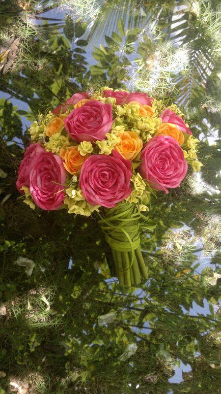 Buquê fake - a modenidade nas cores, pink, amarelo e laranja.