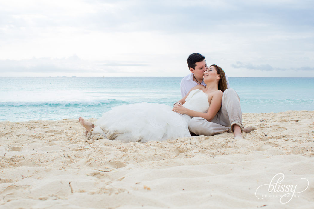 Trash The Dress en la playa. Riviera Maya