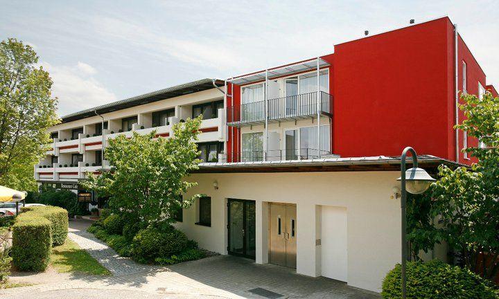 Beispiel: Außenansicht, Foto: Hotel Schönbuch.