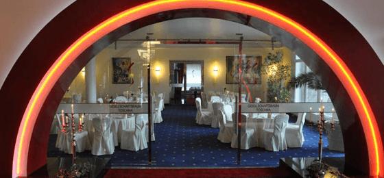 Beispiel: Gesellschaftsraum Toscana, Foto: Grand Hotel La Strada.