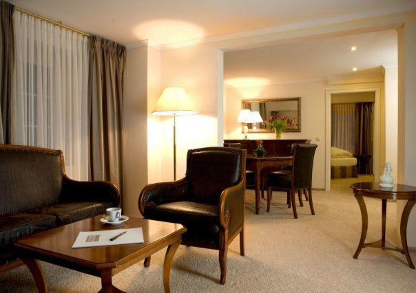 Beispiel: Hotelsuite, Foto: Schloss Reinach.