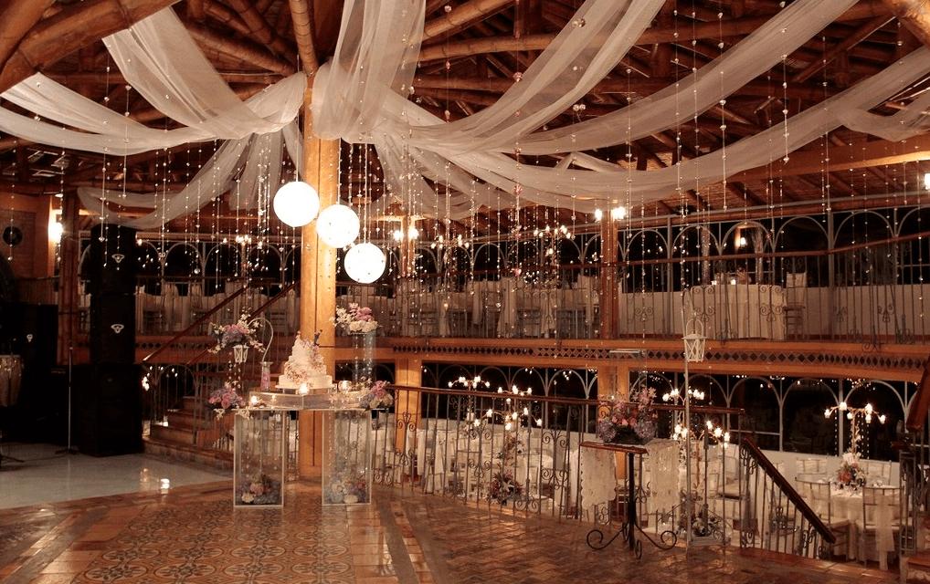 Panóramica interna del salón.