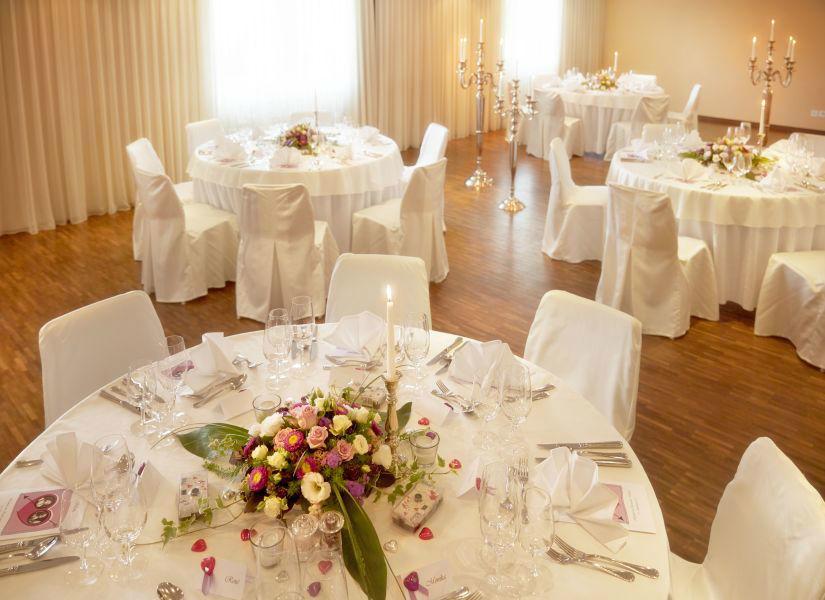 Beispiel: Räumlichkeiten und Dekoration, Foto: Hotel Landgasthof Wassberg.