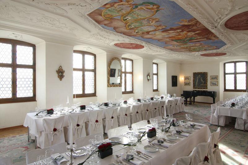 Beispiel: Hochzeitstafel, Foto: Schloss Heidegg.