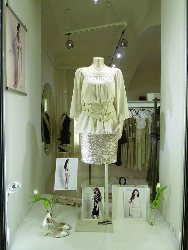 Beispiel: Elegantes Outfit, Foto: ZOE-Modedesign.