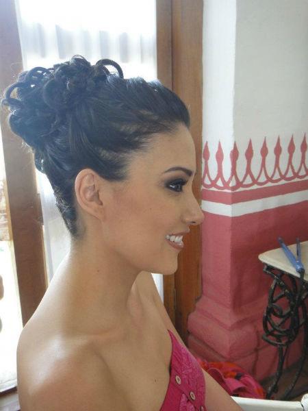 Servicio de maquillaje profesional y tratamientos de belleza para novia - Foto Laura Cerón