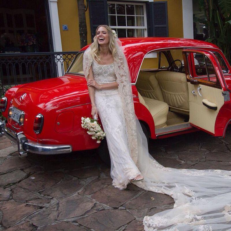 Flávia Vitória Photo