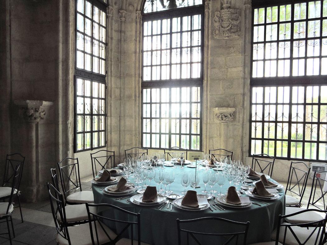 Boda en el Salón de Armas del Castillo