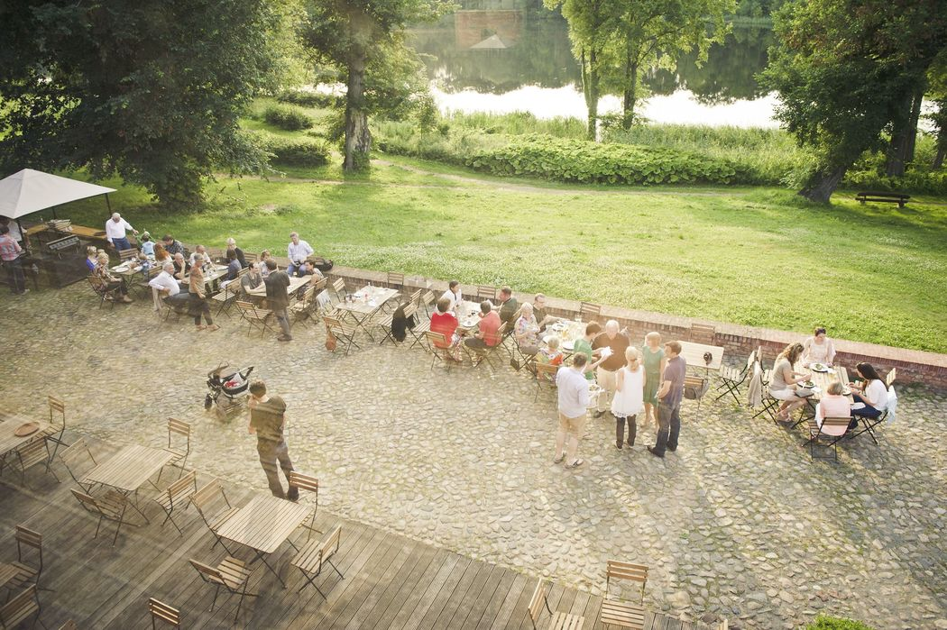 Get-Together auf der Brennerei-Terrasse