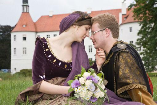 Beispiel: Bunte Hochzeit wie im Mittelalter, Foto: Frank Matthée.Wh!te.