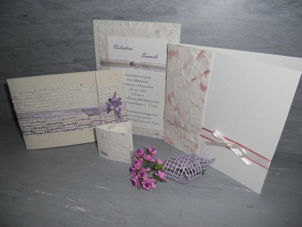 Set matrimonio con inserti in carta con petali
