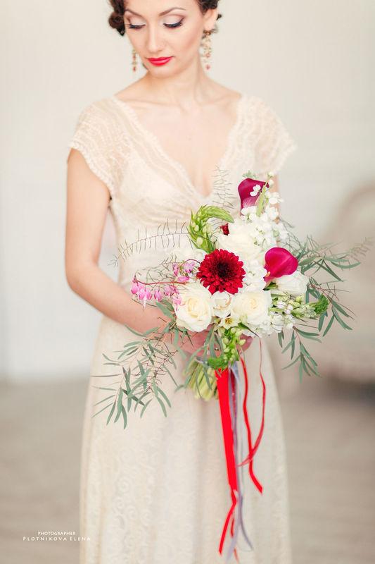 лав-стори, богемный шик, бохо букет невесты
