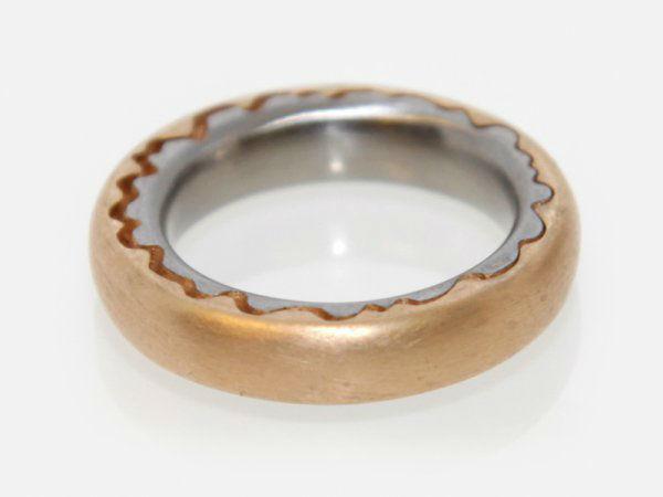 Beispiel: Einzigartige Ringe, Foto: Meyer Schmuck Design.