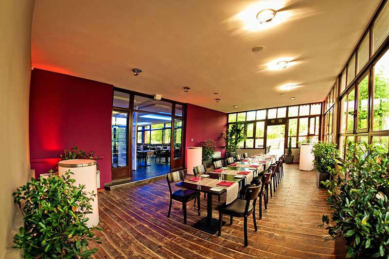 Beispiel: Wintergarten, Foto: Moods Bar & Restaurant.