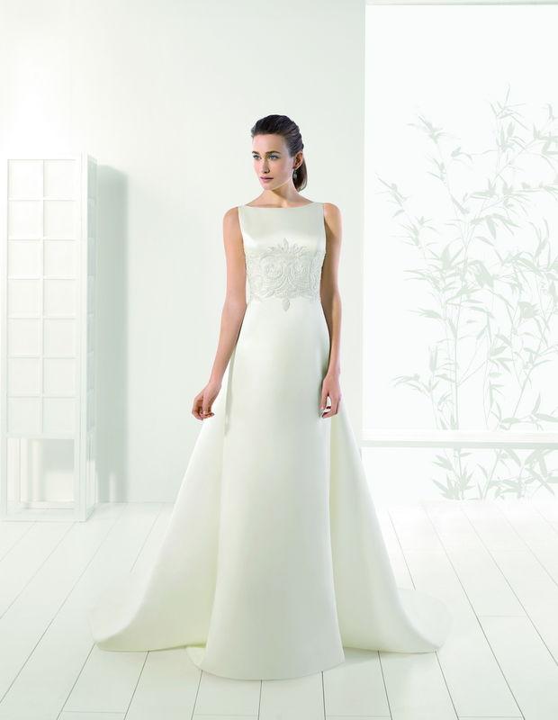 Robes de mariée Rosa Clará par Déclaration Mariage à Sceaux près de Paris