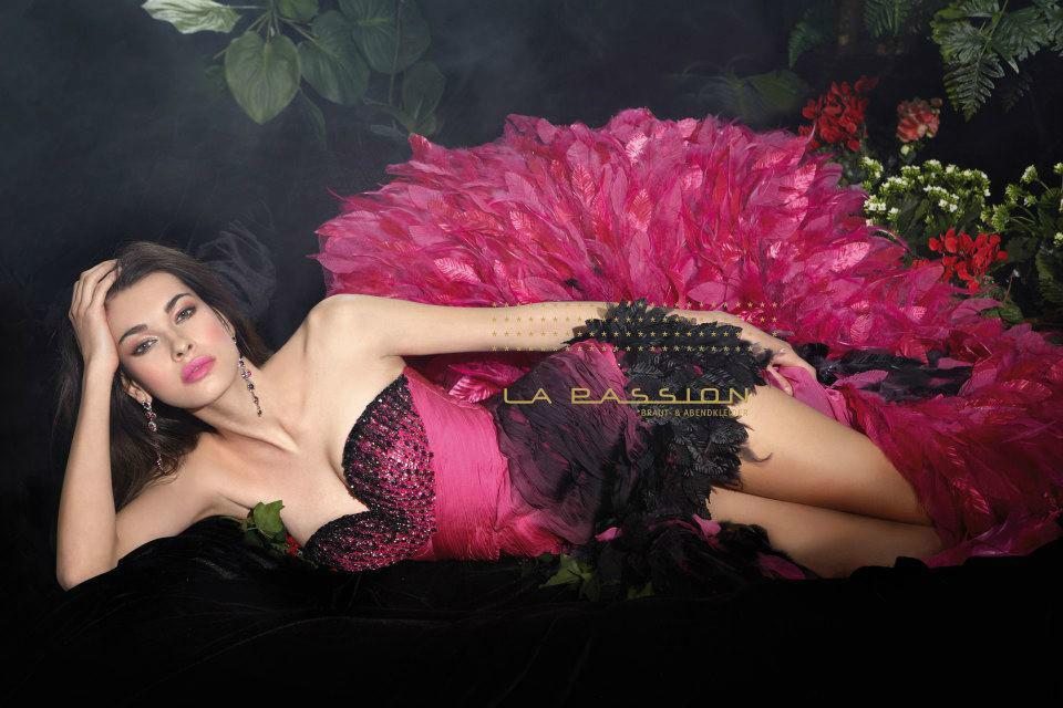 Beispiel: Atemberaubend schöne Kleider, Foto: La Passion Abendmode.