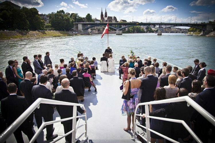 Beispiel: Ihr Hochzeitsgeschichte in wunderschönen Bildern, Foto: We shoot u.