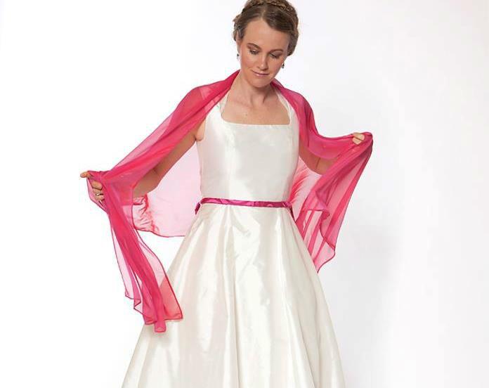 Beispiel: Ihr Traumkleid für Ihre Hochzeit, Foto: JAAP Brautmode.