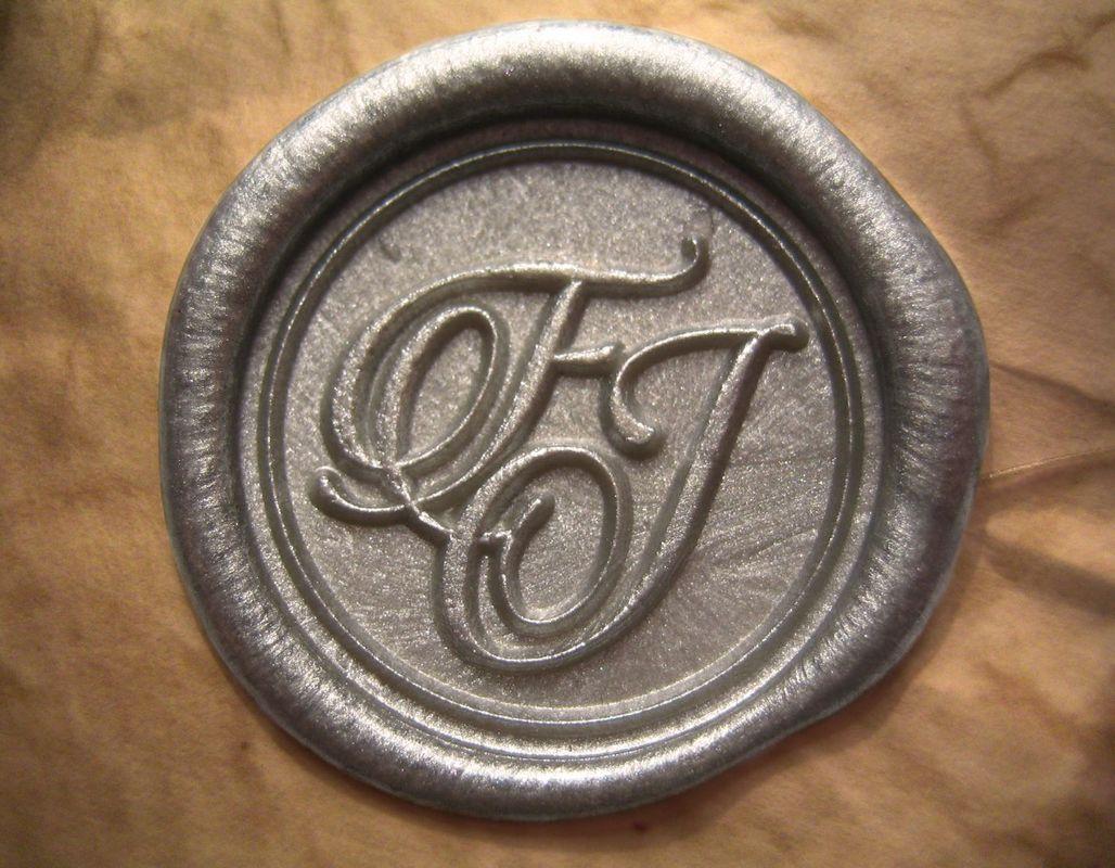 Invitaciones lacradas (plata).  www.royallacre.com