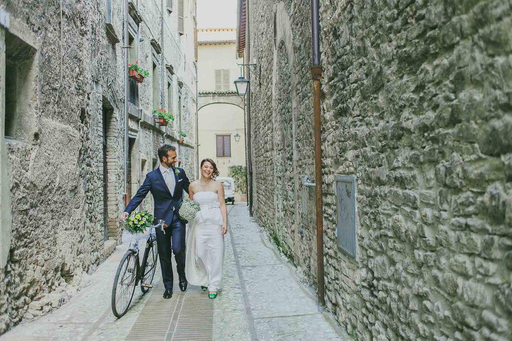 destination wedding photographer Umbria Spoleto angela angelaphoto angela.photo matrimonio Spoleto green verde coppia