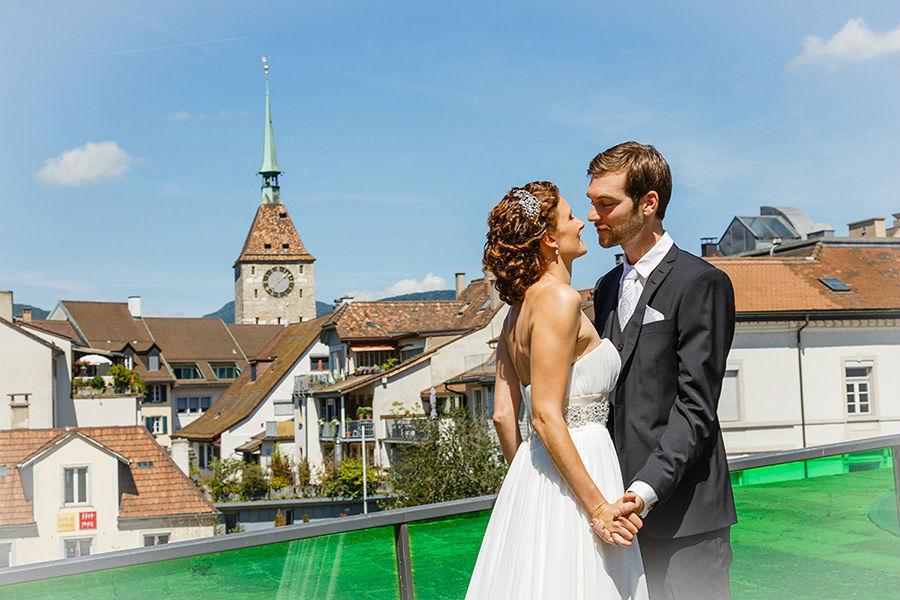 Beispiel: Moderne Hochzeitsfotografie, Foto: Sandra Stamm Fotografie.