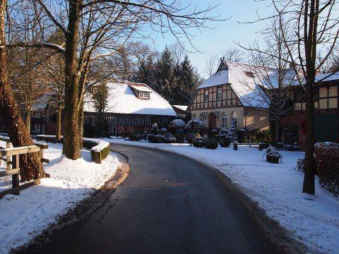 Beispiel: Hotel im Winter, Foto: Hotel Zur Kloster-Mühle.