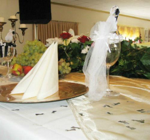 Beispiel: Tischdekoration, Foto: Millennium Palast.