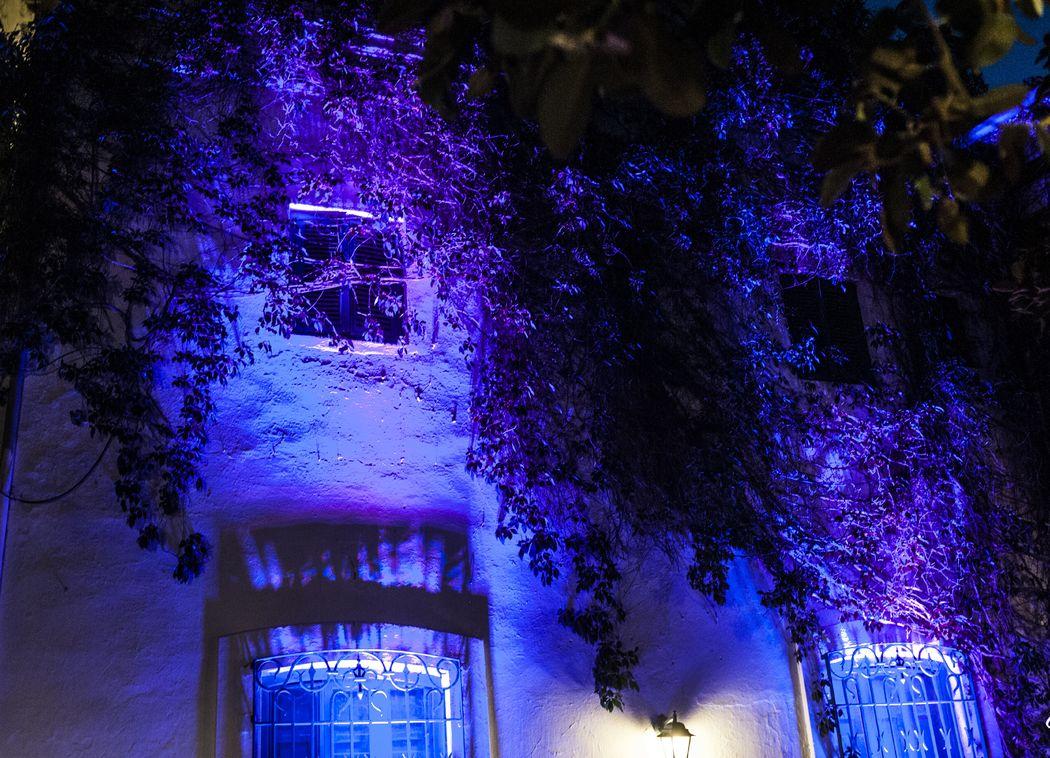 Iluminación Especial de Fachada Lateral
