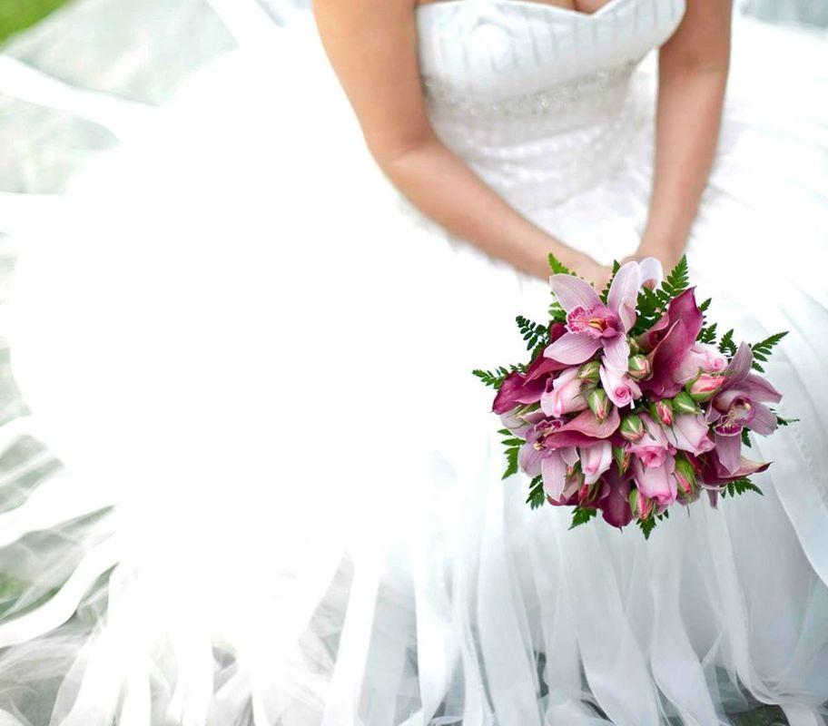 Bouquet orquídeas y rosas