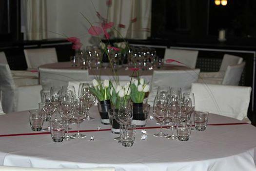 Beispiel: Tischdekoration, Foto: Kureck Floristik.