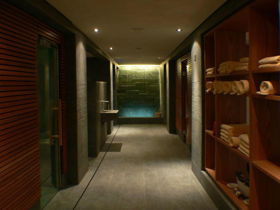 Beispiel: Wellness, Foto: Romantik Hotel Schweizerhof Grindelwald.