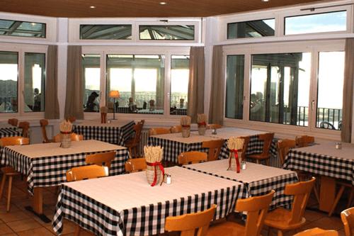 Beispiel: Restaurant, Foto: Restaurant Zugerberg.