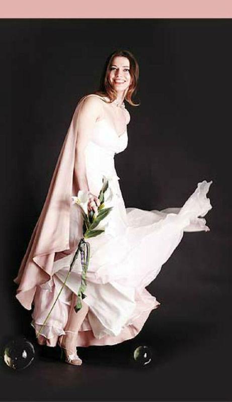 Beispiel: Brautmode, Foto: Suenne Lindenthal - Ihre Maßschneiderei.