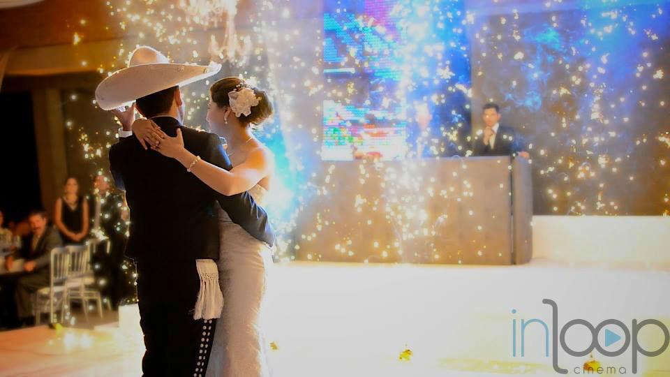 Inloop Cinema en Guadalajara - Video de Bodas - First Dance.