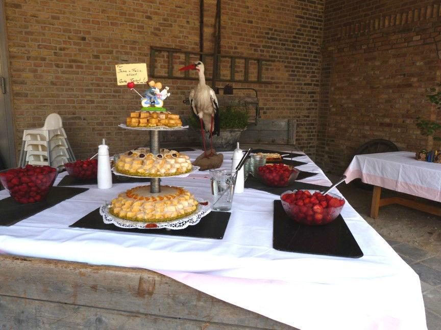 Beispiel: Hochzeitstorte, Foto: Storchenhof Paretz.