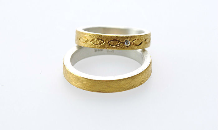 Beispiel: Ringe in Gold mit Gravur, Foto: Eve & Me.
