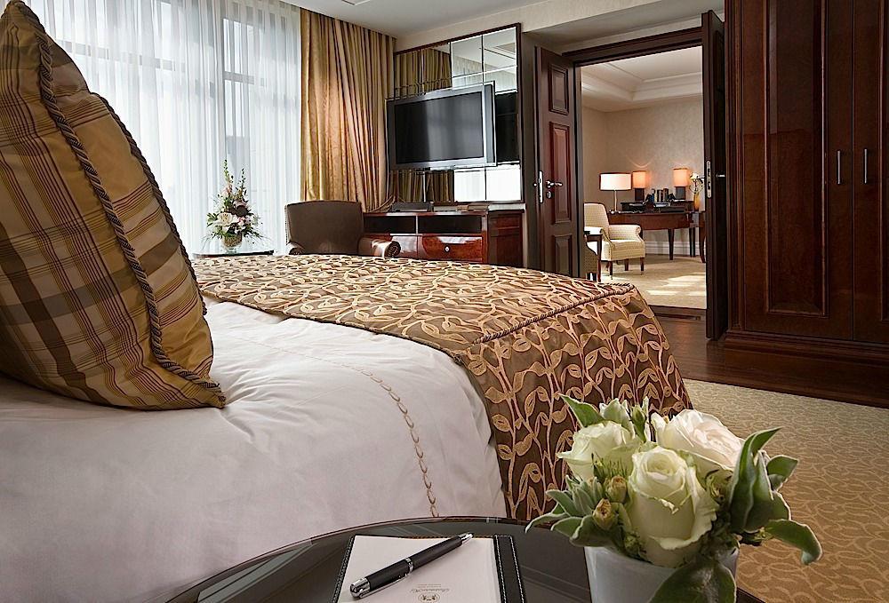 Beispiel: Hotelzimmer, Foto: Breidenbacher Hof.