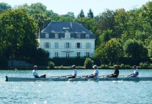 Le Manoir des Cygnes, vue de la Seine