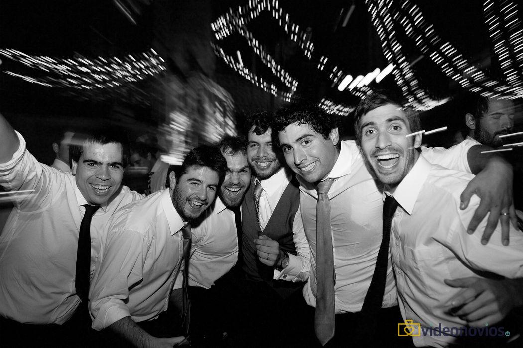 GAN (Grupo de Amigos del Novio) - Fiesta